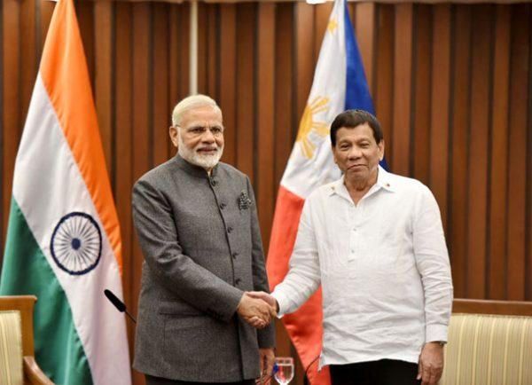 Prime Minister, Shri Narendra Modi meeting the President of Philippines, Mr. Rodrigo Duterte, in Manila, Philippines on November 13, 2017.