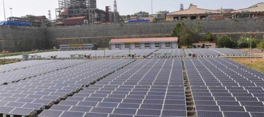 Rupee fall puts Rs 28,000 crore solar projects at risk : Crisil