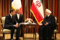 Macron, Rouhani agree to work on saving Iran n-deal