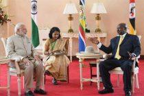 Prime Minister, Narendra Modi with the President of Uganda, Yoweri K. Museveni, at the State House, in Uganda