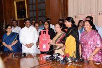 Pradhan Mantri Ujjwala Yojana achieves 5 crore mark