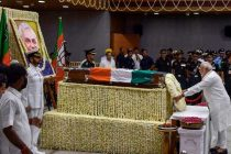 Modi, Shah receive Vajpayee's body at BJP HQ, leaders pay tributes