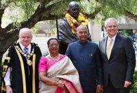 President of India, Ram Nath Kovind, during unveiling of Statue of Mahatma Gandhiji at Jubilee Park, Sydney,
