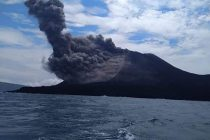 Indonesia flights rerouted as volcano alert level raised