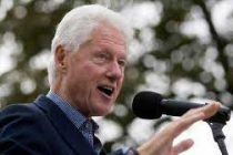 Clinton promises aid for Caribbean reconstruction
