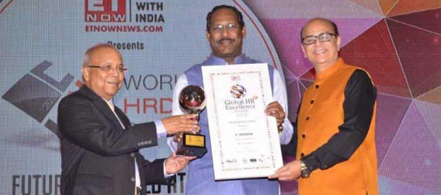WORLD HRD CONFERS GLOBAL HR LEADERSHIP AWARD  to R.VIKRAMAN Director/HR, NLC India Ltd.