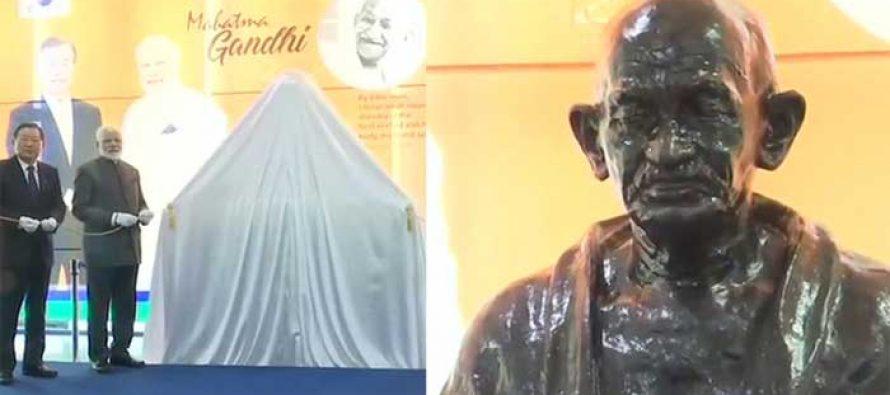 Modi unveils Gandhi's bust at South Korean university