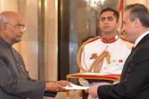 The Ambassador-designate of the Colombia, Alvaro Sandoval Bernal presenting his credentials to the President, Ram Nath Kovind