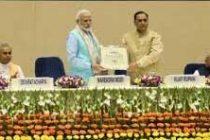'Outsider' Modi conquers Lutyens' Delhi with Garvi Gujarat