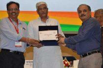 REC receives Swachh Bharat Puraskar