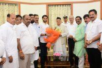 Shiv Sena, NCP, Congress delegation meet Maharashtra Governor