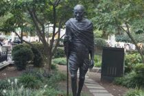 NY town honours Gandhi by installing statue