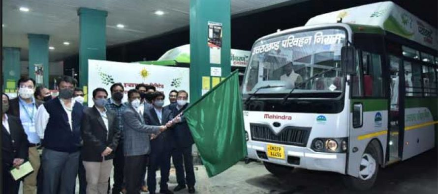 IGL FLAGS OFF INDIA'S FIRST LONG RANGE CNG BUS