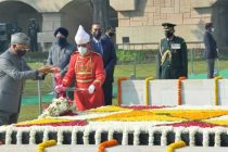 The President of India, Ram Nath Kovind paying tributes to Mahtama Gandhi and attending the Sarva-Dharma-Prarthana being organized on the occasion of 73rd Death Anniversary of Mahatma Gandhi at Rajghat
