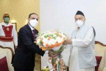 New UAE envoy in Mumbai meets Maha Governor