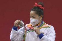 Mirabai wins silver in women's 49kg weightlifting