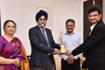 """PFC bestowed with the prestigious """"Governance Now"""" Award for """"Strategic Performance"""""""