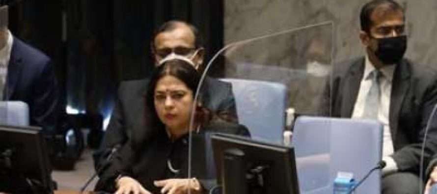 Countries emerging from UN peackeeping operations should set own priorities: India