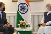 PM Modi meets with Mark Widmar, CEO of First Solar